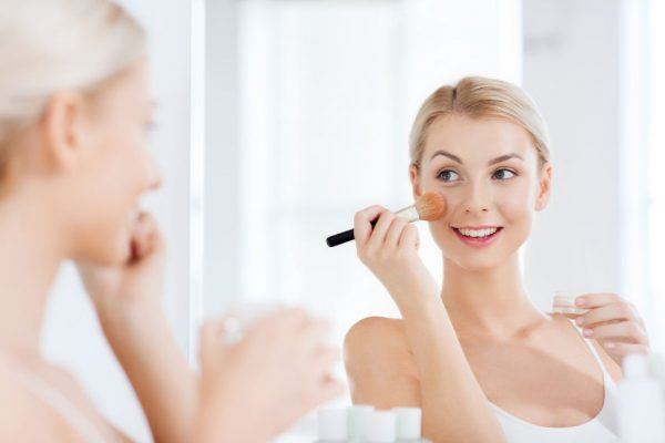 Behandlungen - Mineral Makeup